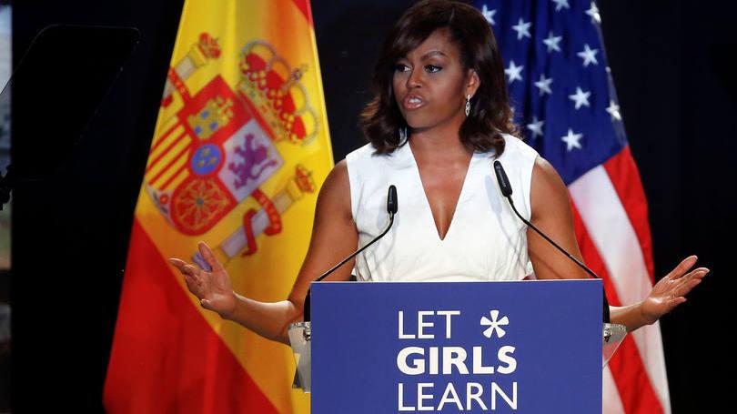 Michelle Obama pede mudança contra a desigualdade de gênero