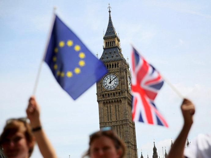 Como os brasileiros que vivem no Reino Unido serão afetados pela saída da UE