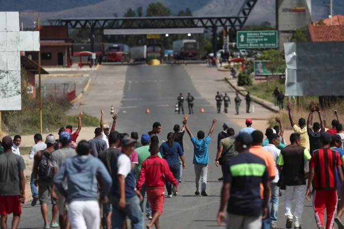 Deserções de militares na Venezuela chegam a 170