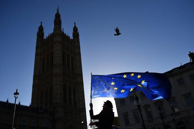 UE elabora lista de tarifas sobre US$ 20 bilhões em produtos dos EUA