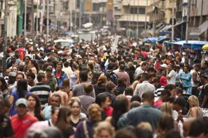 Brasil inverte retomada e lidera piora do clima econômico na AL