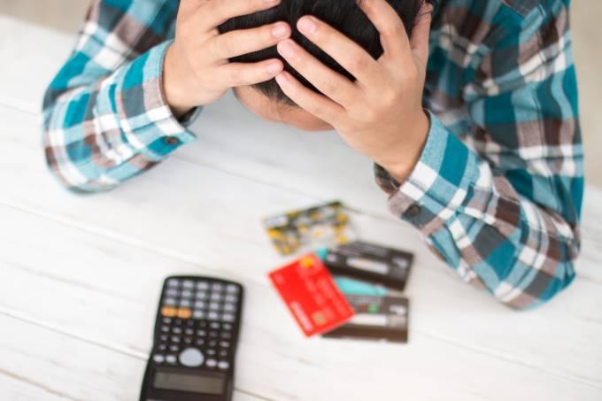 Conheça os sites que permitem consultar o score de crédito de graça