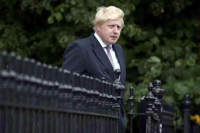 Britânicos vivem expectativa sobre quem será novo primeiro-ministro