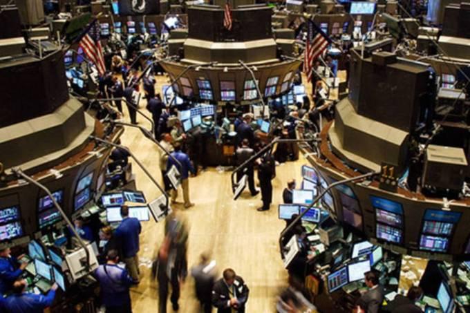 Bolsas dos EUA avançam com expectativa de corte de juros
