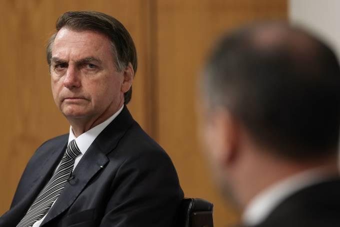 Bolsonaro vai à Câmara entregar projeto com mudanças em regras da CNH