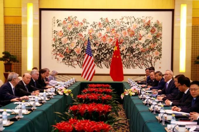 Guerra comercial pode limitar ganhos de mercados emergentes, diz Fitch