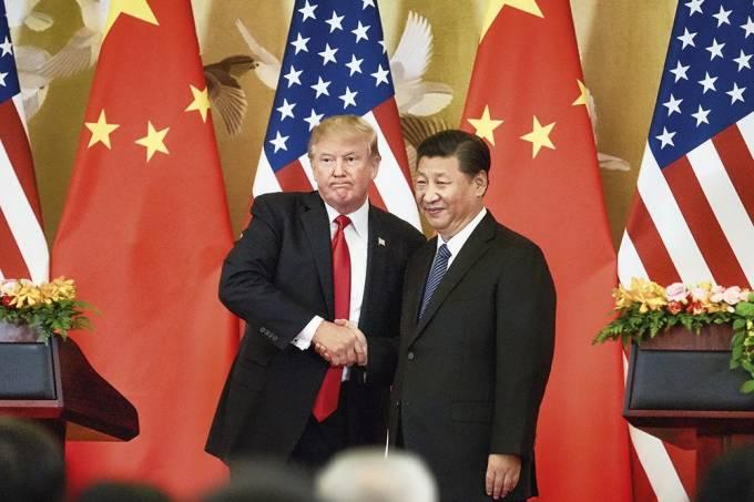 Após um ano de confronto, China passa à contraofensiva na guerra com EUA