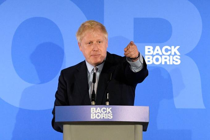 Votação para eleger sucessor de May confirma favoritismo de Johnson