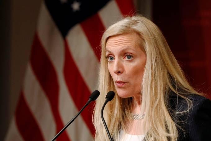Fed está preparado para ajustar juros dos EUA se necessário, diz diretora