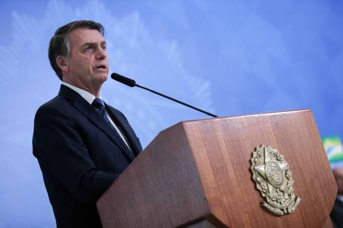 """Bolsonaro: """"Fico chateado quando dizem que há privilégio para policial"""""""