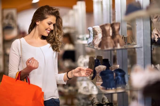 Por que mulheres e jovens farão o e-commerce crescer no Brasil