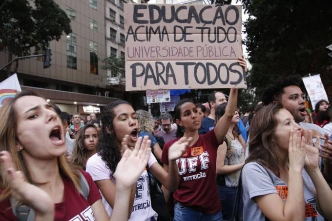 Governo detalha novo contingenciamento e Educação fica sem R$ 348 milhões