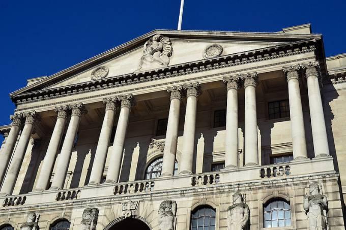 Mercado vê maior risco de Brexit sem acordo, diz Banco da Inglaterra