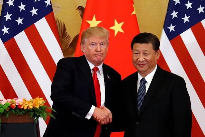 Trump lamenta não ter aumentado ainda mais tarifas sobre produtos chineses