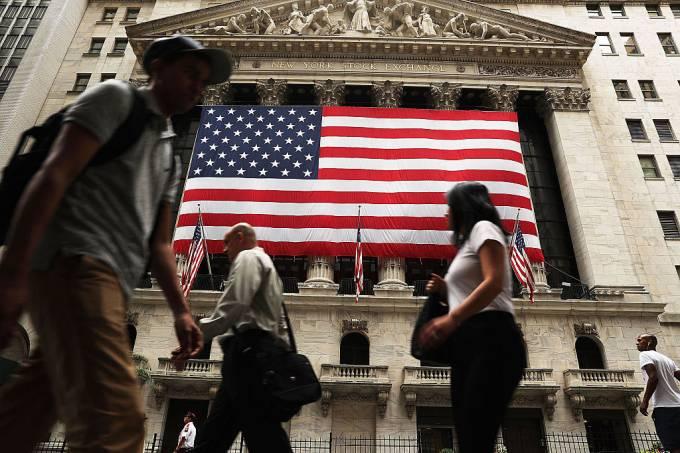 Emprego nos EUA e PIB da Europa ditam ritmo das bolsas