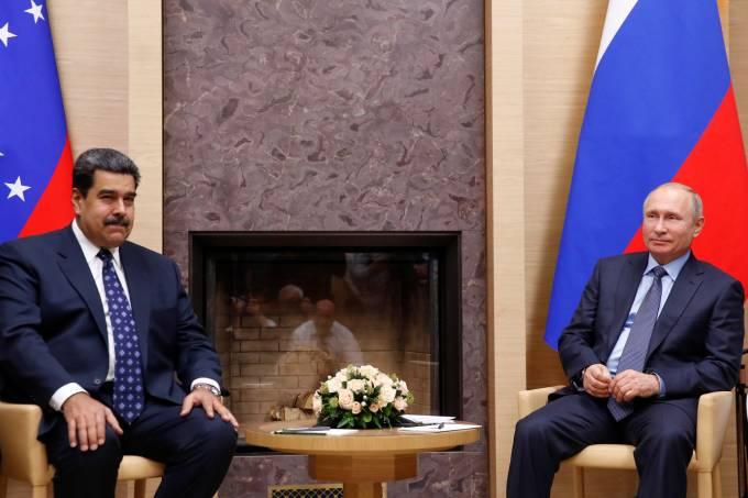 Maduro recorre à Russia e à Coreia do Norte por apoio