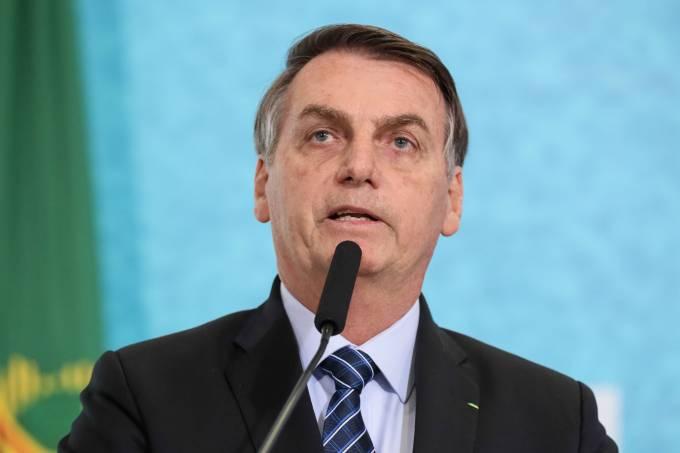 Bolsonaro sanciona nova lei das telecomunicações