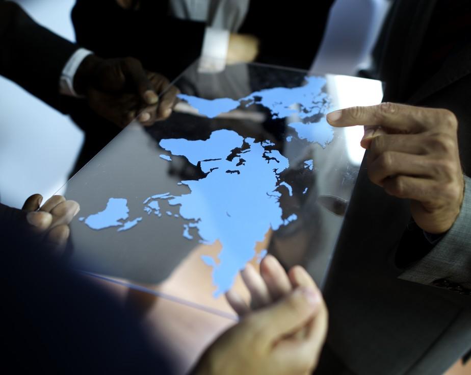 Exportações de SC somam US$ 6,7 bilhões; Saiba como o profissional de comércio exterior atua para melhorar as transações internacionais